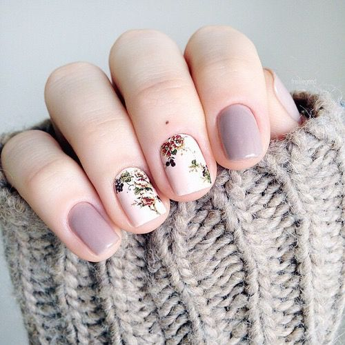 lavender and white floral nails