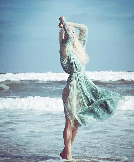 chiffon-dress-fashion-editorial-beach