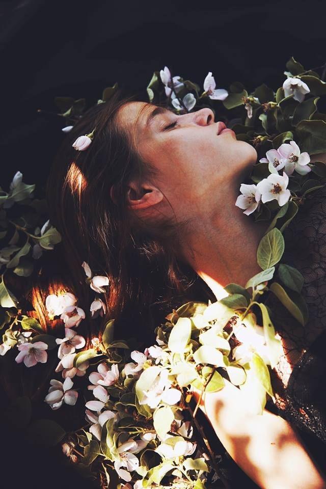spring-florals-editorial