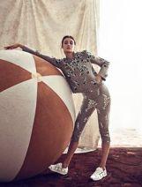 circus-fashion-striped-ball