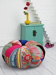 patchwork-sofa-decor