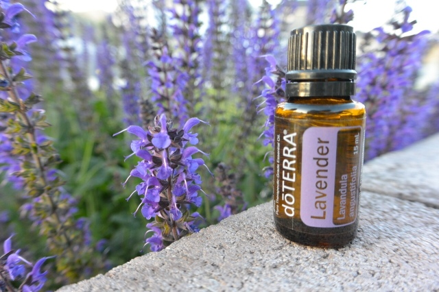 doterra-Lavender-Essential-Oil-Face-Mask